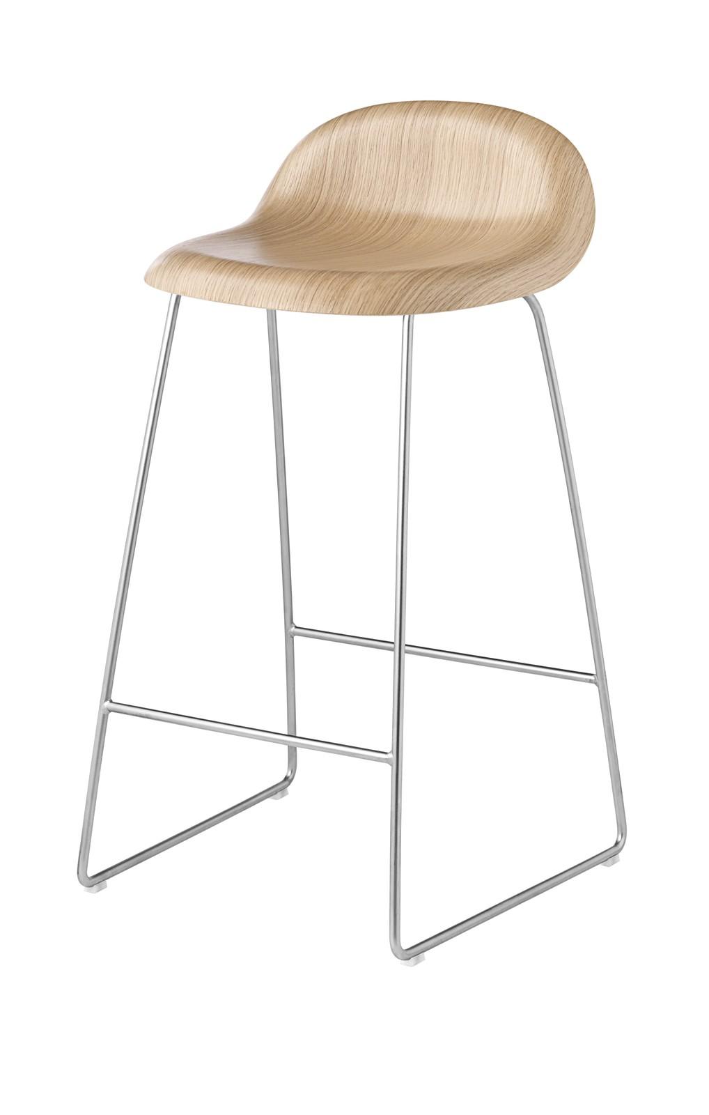 Gubi 3D Sledge Base Counter Stool - Unupholstered Gubi Wood Oak, Gubi Metal Chrome