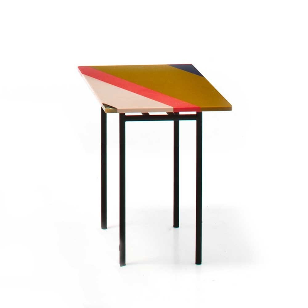 M.a.s.s.a.s./Fishbone Side Table Version 1