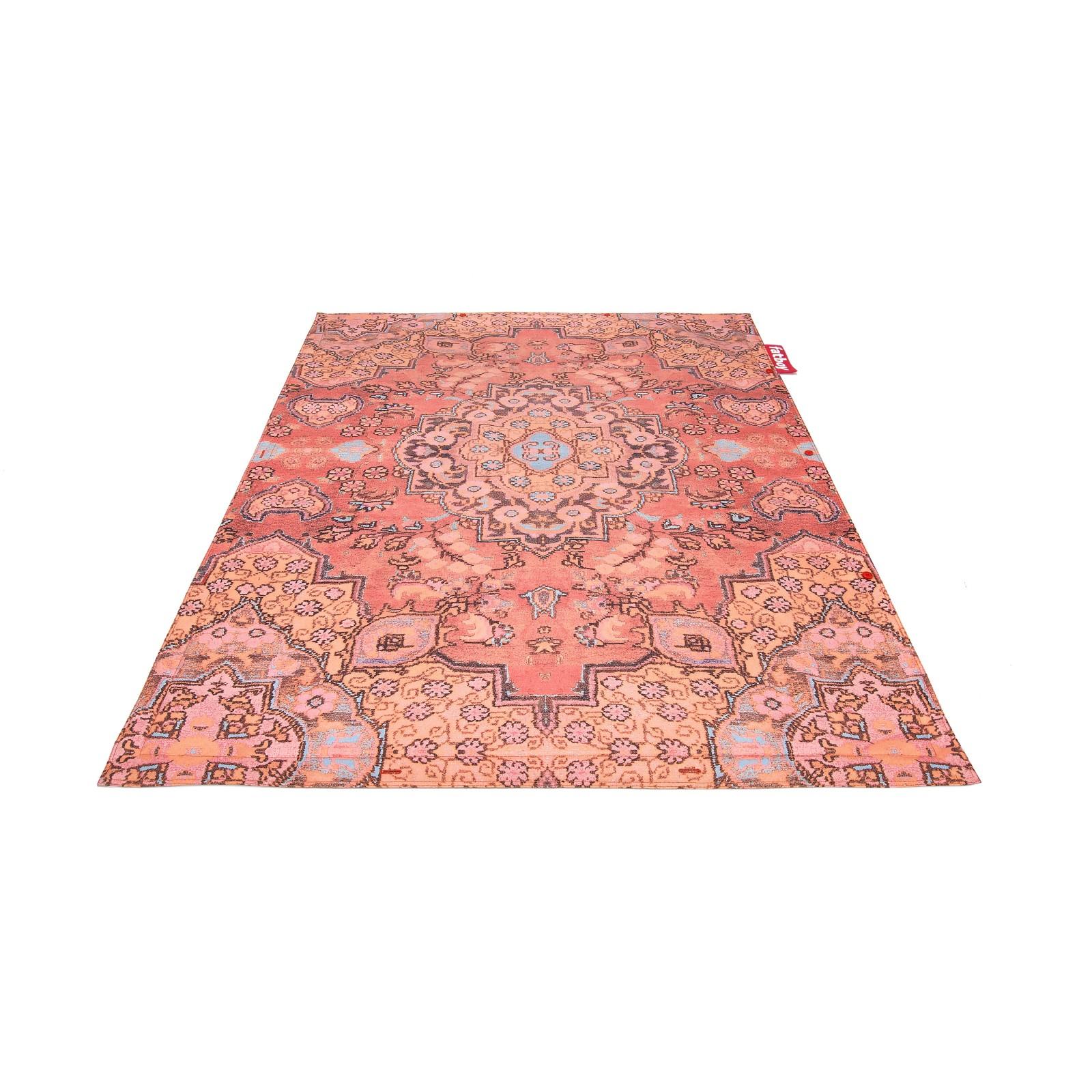 Non flying Carpet Paprika