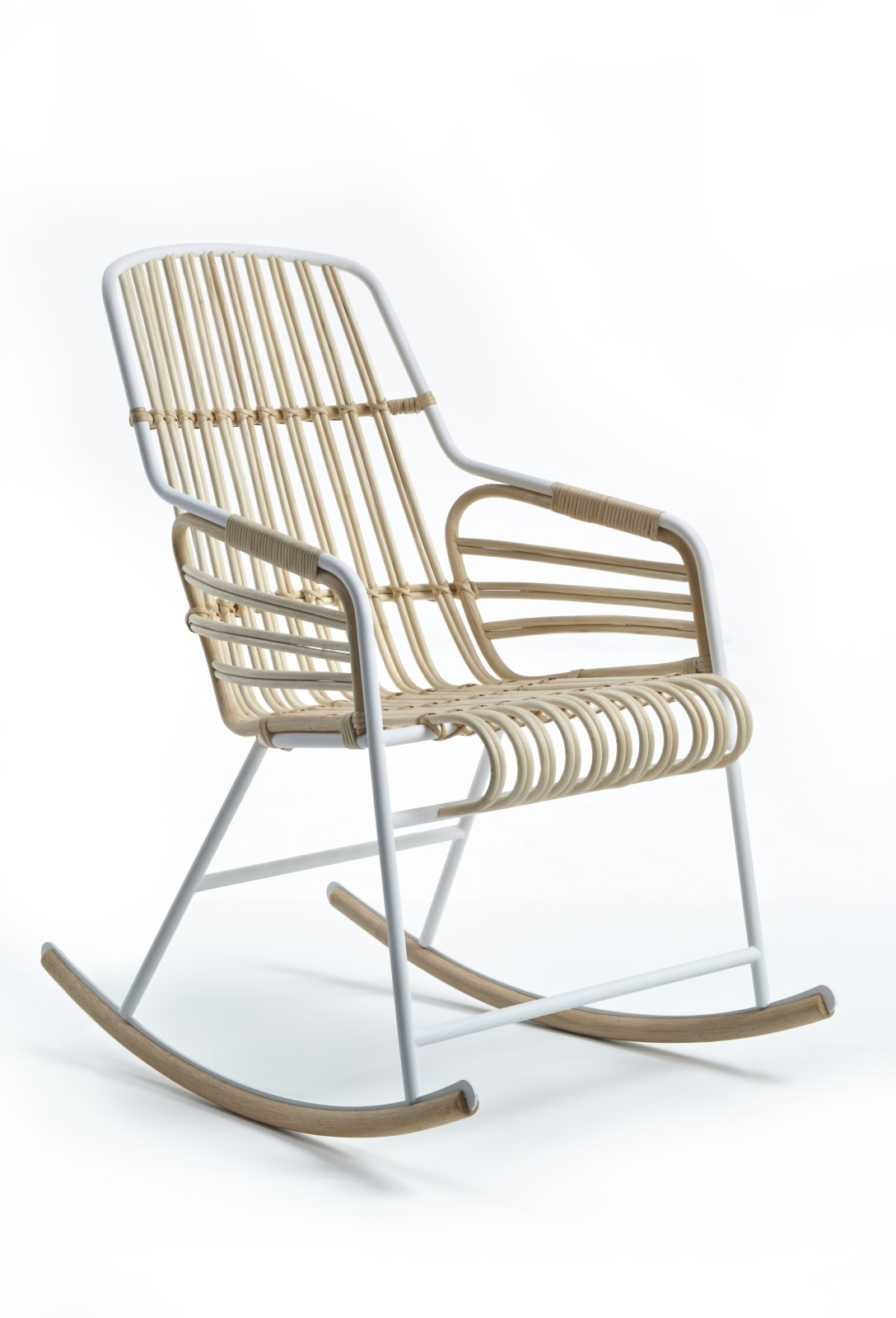 Raphia Armchair, With Rocking Base Natural Rattan/Ivory White