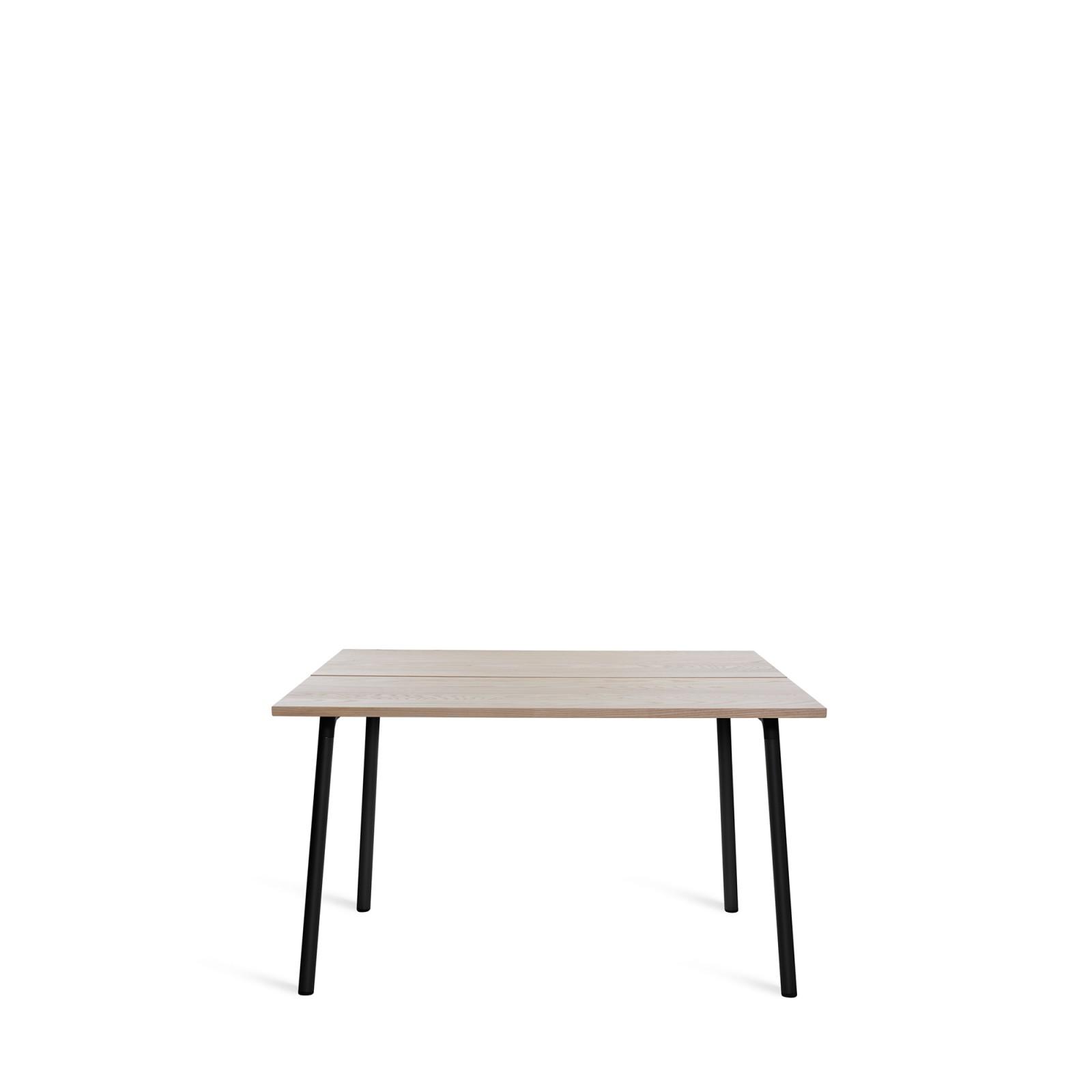 Run Dining Table 122cm, Black, Ash Top