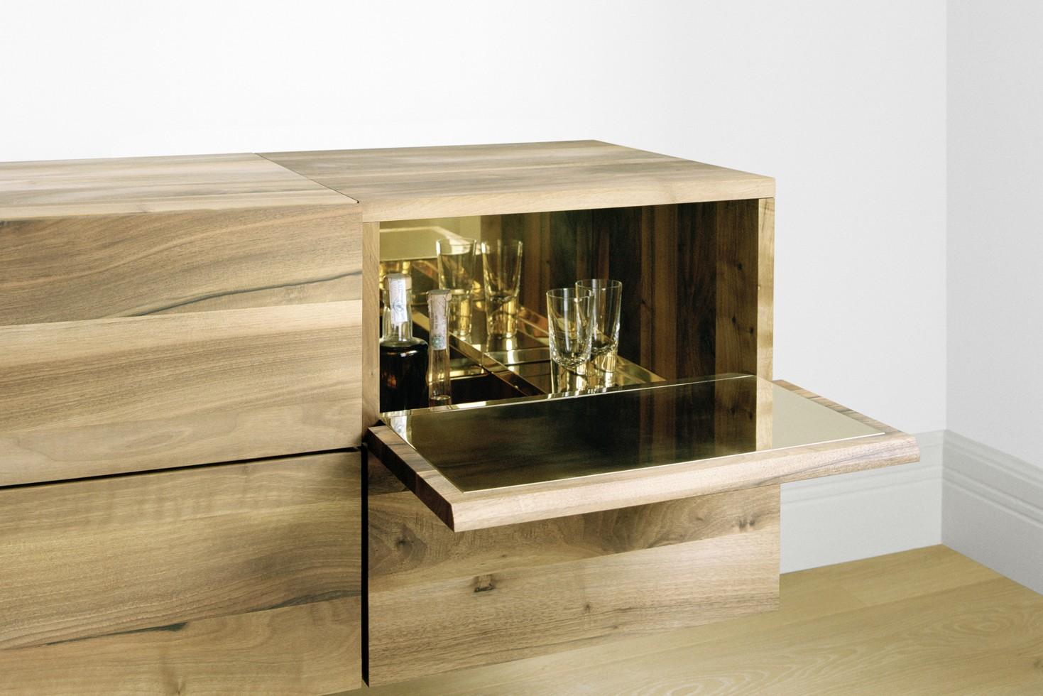 SB10 Araq Bar Cabinet Oiled Oak and Brass, Short