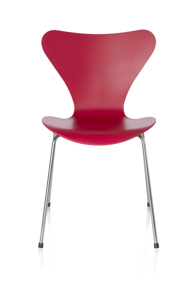 Series 7 Chair Lacquered, Full dark Stained Oak Opium Red 660