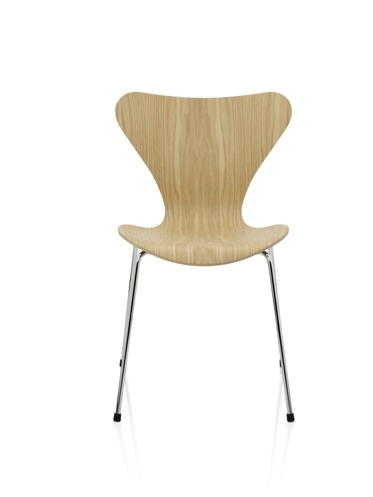 Series 7 Chair Natural Veneer Oak