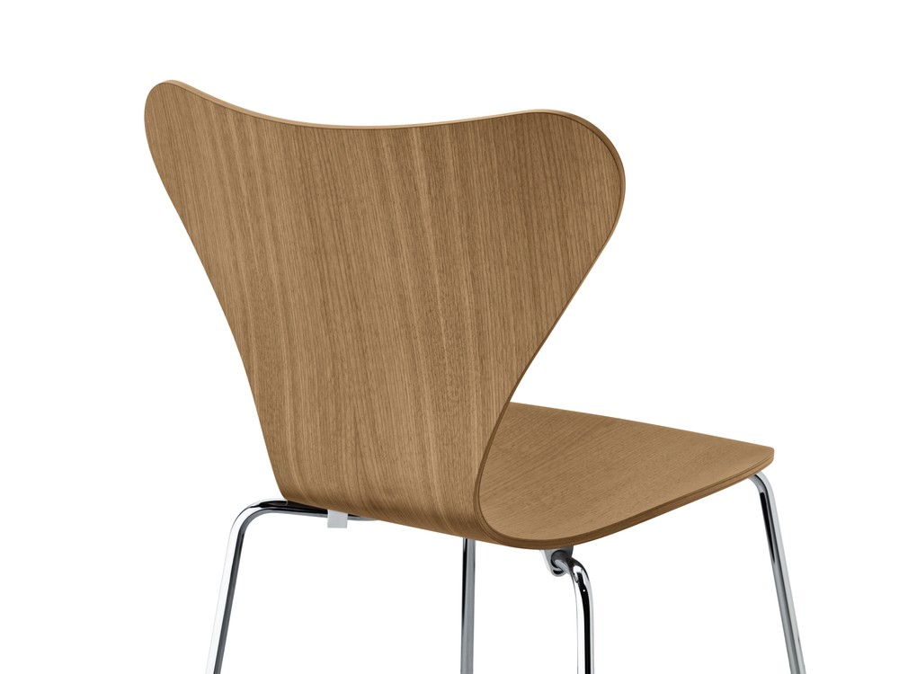 Series 7 Chair Natural Veneer Walnut