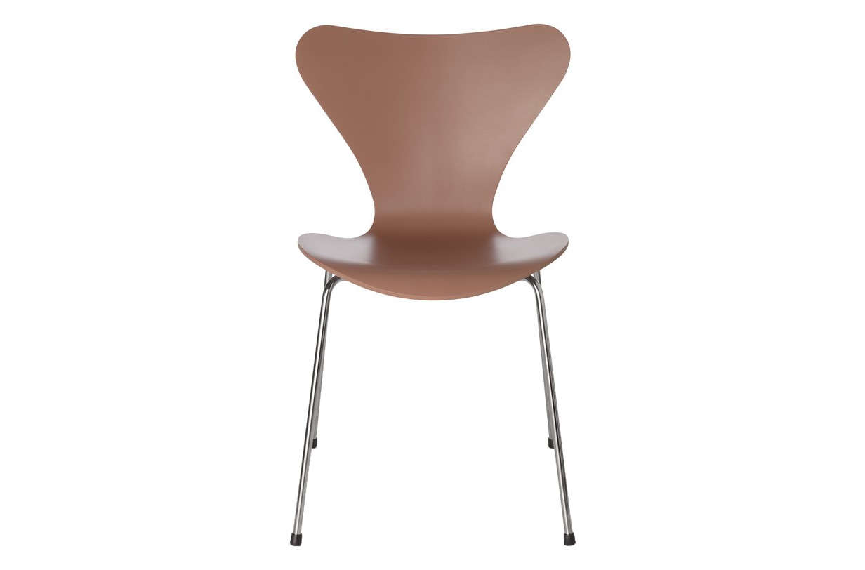 Series 7 Stackable Chair Lacquered Oak Chocolate Milk Brown