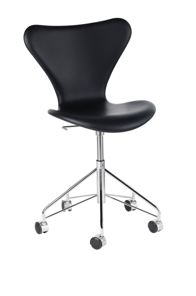 Series 7 Swivel Chair - fully upholstered Elegance Leather Black