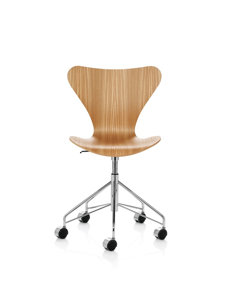 Series 7 Swivel Chair Natural Veneer Elm