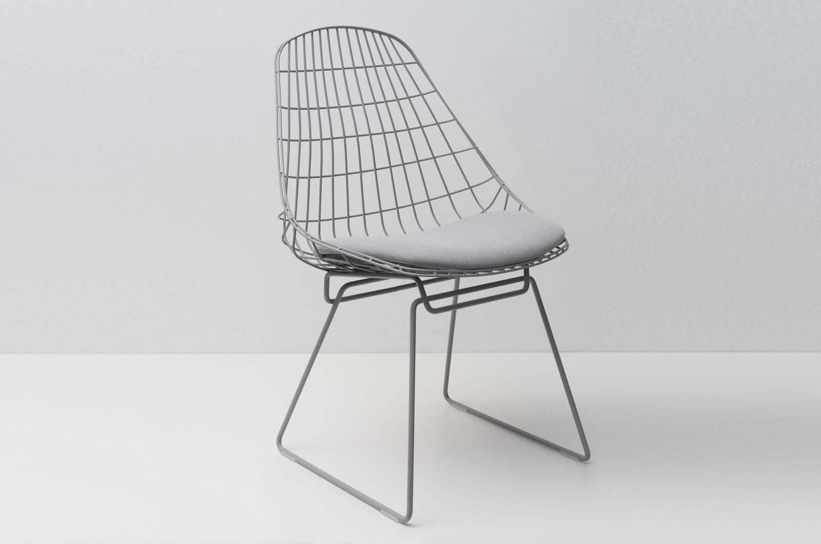 SM05 Dining Chair with Cushion, Haze Grey Frame Steelcut Trio 2 105