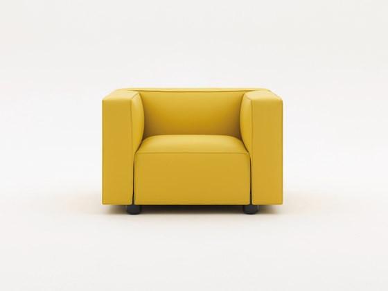 Armchair by Edward Barber & Jay Osgerby - Leather Sabrina 0823 63.5H x 100W x 86D cm, Chrome