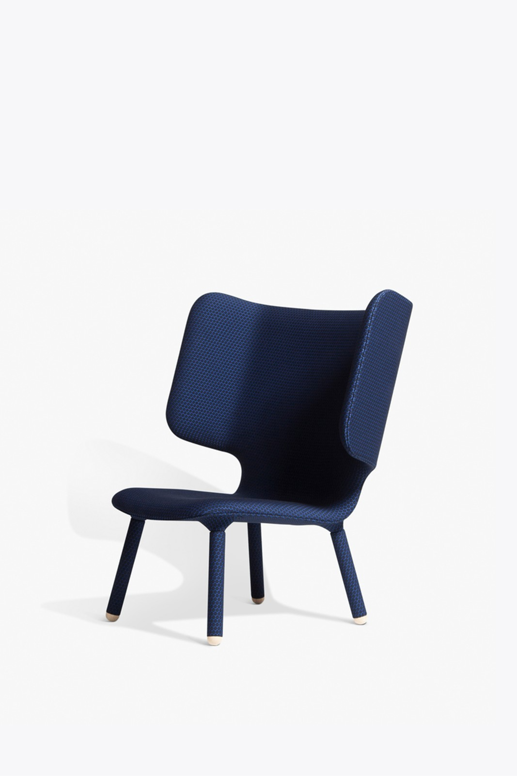 Tembo Lounge Chair Dot Midnight 129