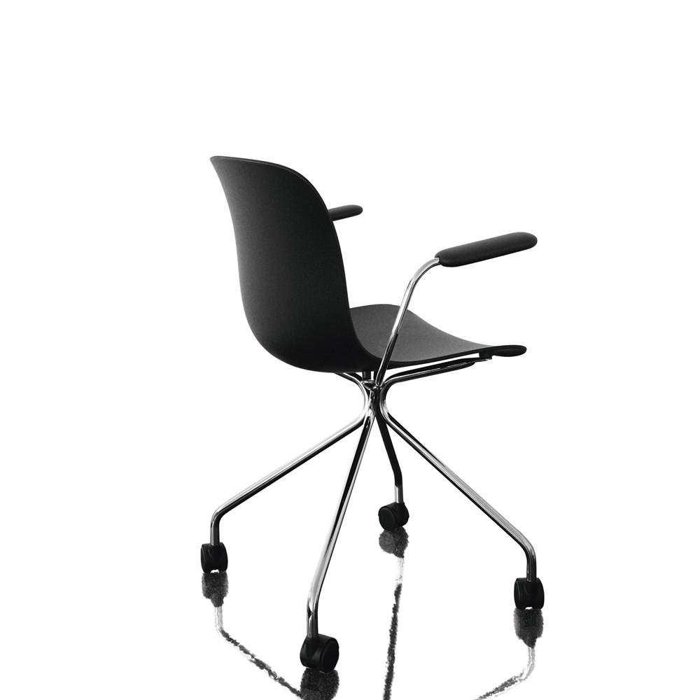 Troy Armchair - 4 Star Base on Wheels Chromed Frame, Black Seat