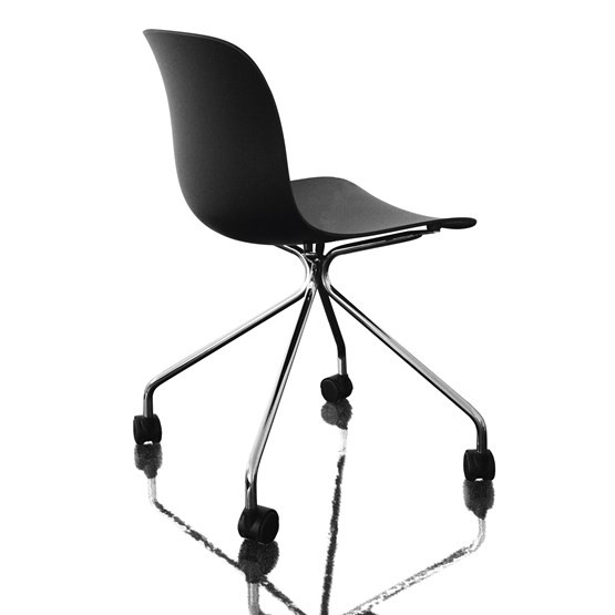 Troy Chair - 4 Star Base on Wheels Chromed Frame, Black Seat
