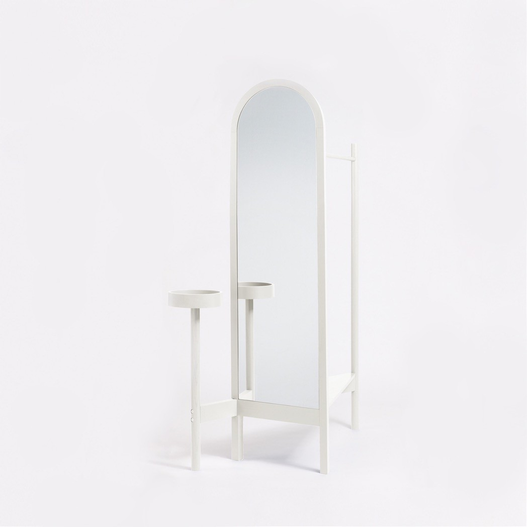 Valet Stand Cream Lacquered Ash