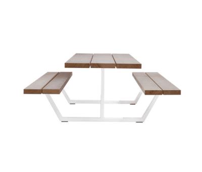 Cassecroute Table by CASSECROUTE