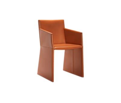 Nika 2P armchair by Frag