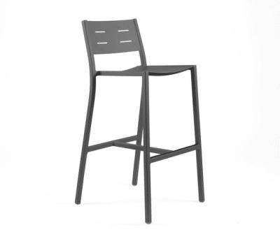 NS9534 Highchair by Maiori Design