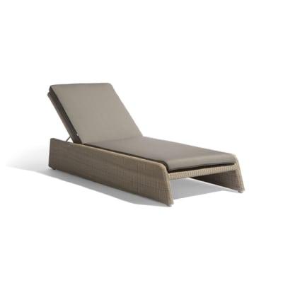 Swing lounger by Manutti