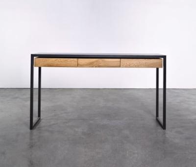 Table at_08 by Silvio Rohrmoser