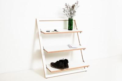 Fläpps Leaning Shelf