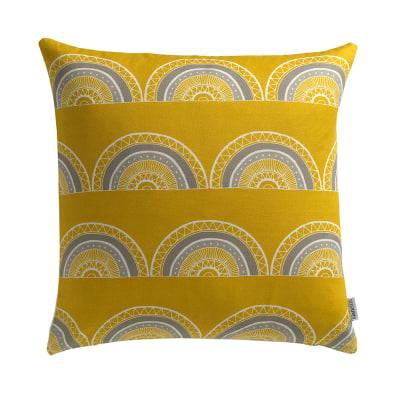 Horseshoe Arch In Yellow Cushion