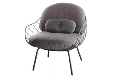 Piña Low Chair Black with Natural Base