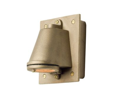 0750 Mast Light with Cast Transformer Box, Sandblasted Bronze by Davey Lighting Limited