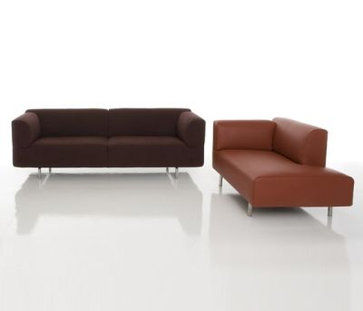 250 Met by Cassina
