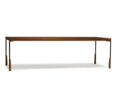 altai dining table by Skram