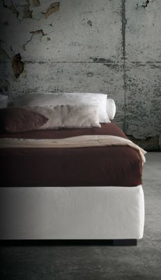 Barbados Sommier H.37 by Milano Bedding