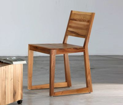 Basic Chair by Artisan