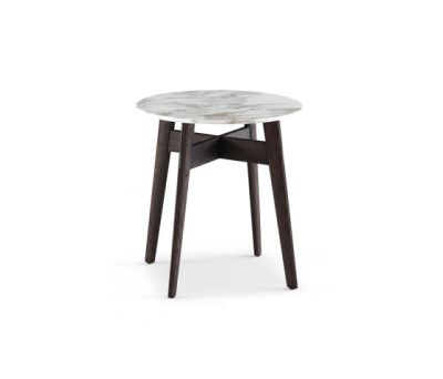 Bigger coffee table by Poliform spessart oak structure,mat calacatta oro top