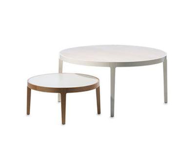 Bond coffee table by Gärsnäs