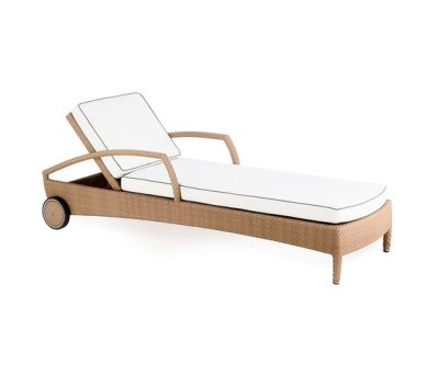 Breda sun bed by Point