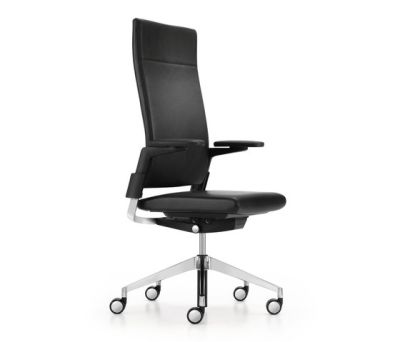 CAMIRO swivel chair by Girsberger
