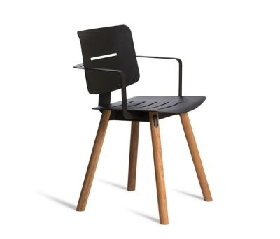 Coco Armchair by Oasiq