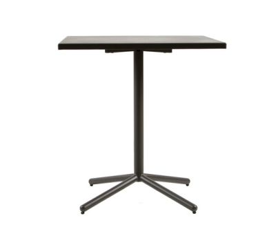 CP9105 Table by Maiori Design