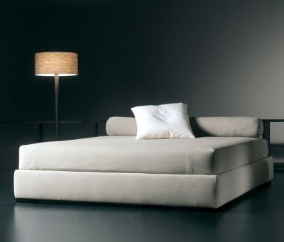 Derek Bed by Meridiani