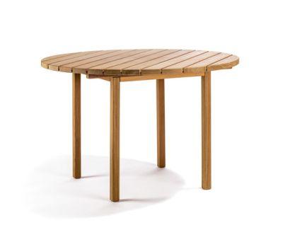 Djurö round dining table by Skargaarden
