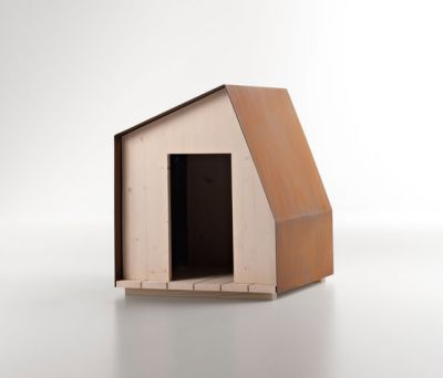 Dog House n°1 by De Castelli