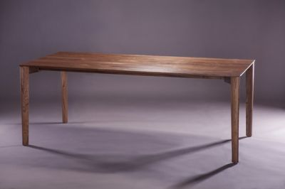 Fin Table by Artisan