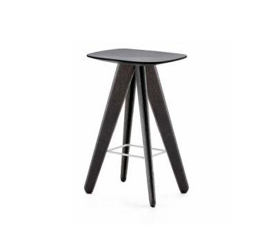 Ics stool by Poliform spessart oak