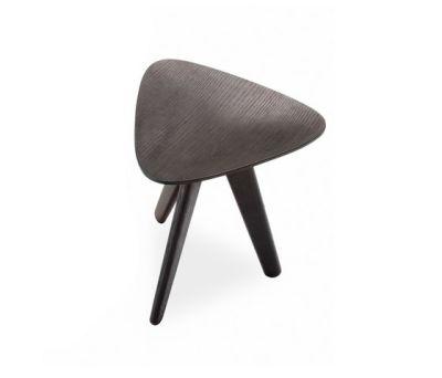 Ipsilon stool by Poliform spessart oak,spessart oak