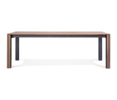 JASPER Table by Girsberger