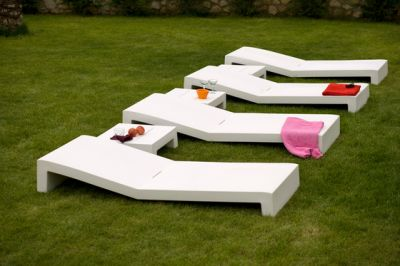 Jut Sun Bed White