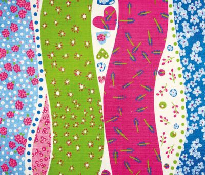 Kids Rugs - Dotty Hearts Fuchsia by Designers Guild