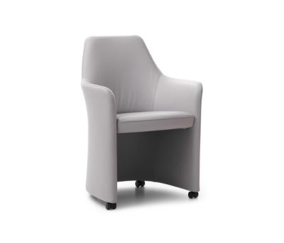 Lirio Chair by Leolux