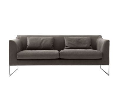 Mell couch by COR