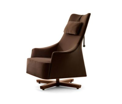 Mobius Wing Chair by Giorgetti