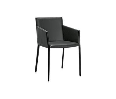 Nika P armchair by Frag